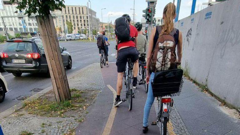 Ciclismo urbano en Berlín #210